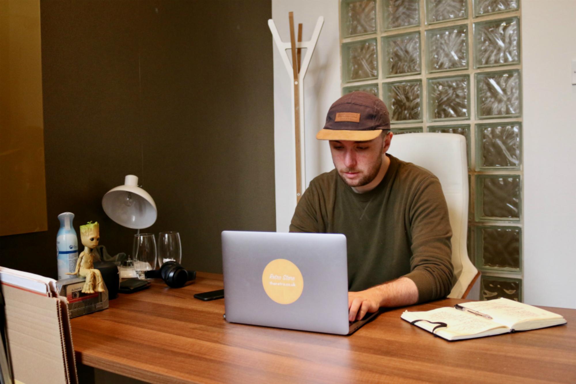 The Retro | Meet The Maker